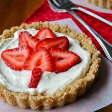 Strawberry Maple Leaf Cheesecake Tarts