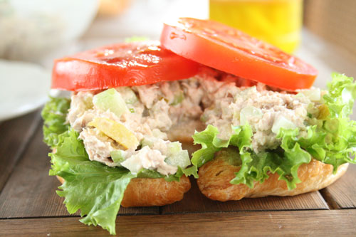 Tomatoes on Tuna Salad Sandwich