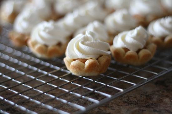 Mini Butterscotch Cream Pies