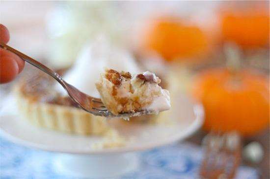 Bite of White Chocolate Cheesecake Pecan Pie Tarts (ID 2829)