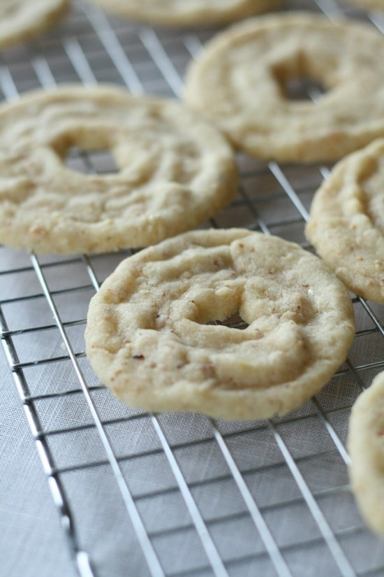 baked hazelnut shortbread cookies
