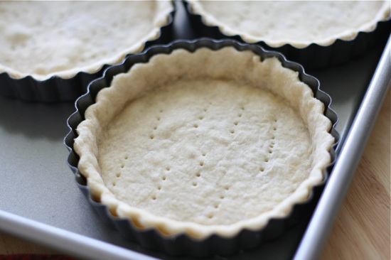 blind baked pie shell for banana cream pie