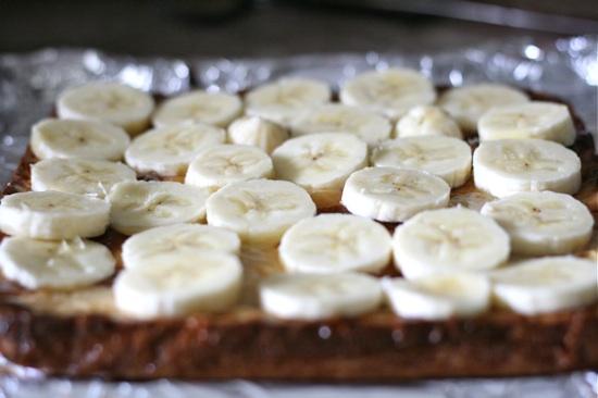 Adding sliced bananas