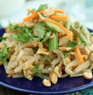 Chicken Pad Thai {Family Friendly}