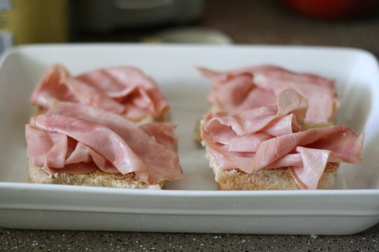 Buns with deli meat