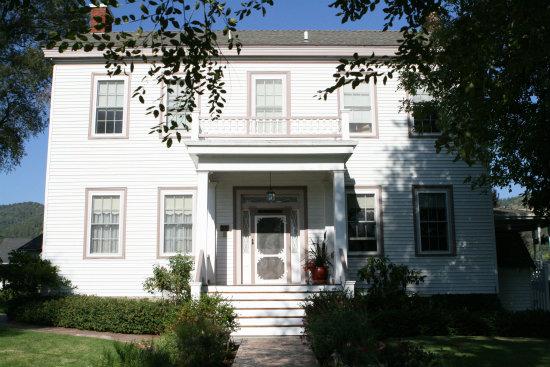 Bybee Historic Inn
