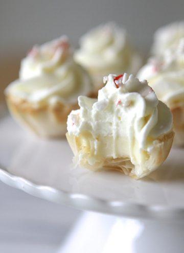 Mini Peppermint Cream White Chocolate Cheesecake Tarts