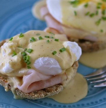 Eggs Benedict with Brown Butter Hollandaise Sauce