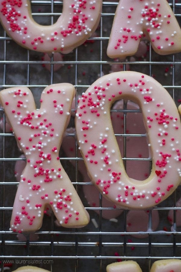 xo cookie with icing and sprinkles
