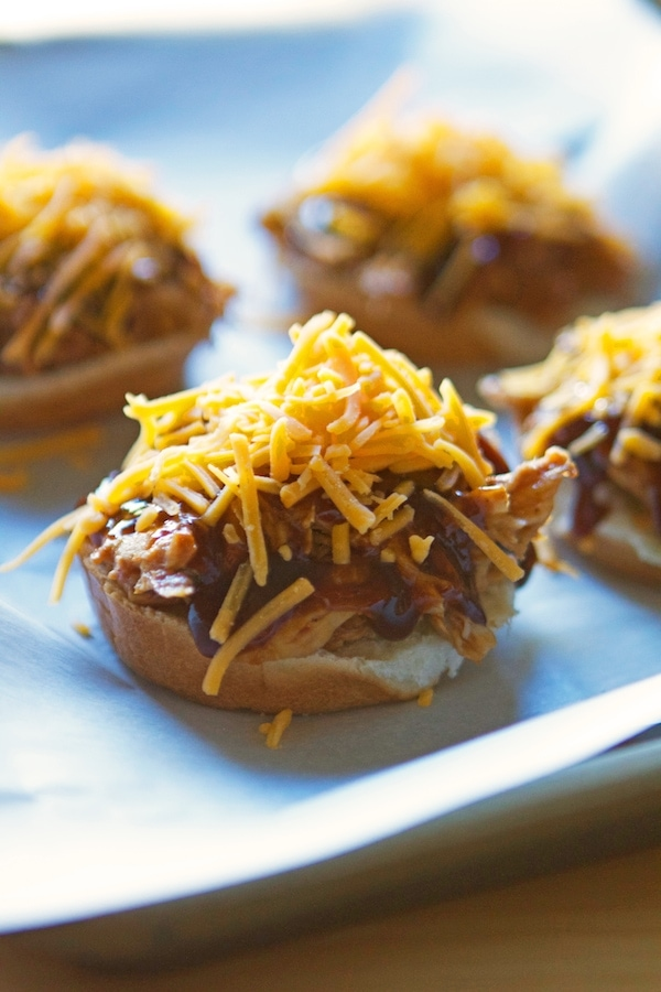 Crockpot BBQ Chicken Cheddar Sliders....omg, I can't believe how simple this dinner is! And so yummy too!