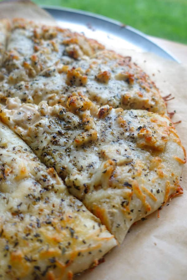 Brown Butter Chicken Alfredo Pizza Lauren S Latest