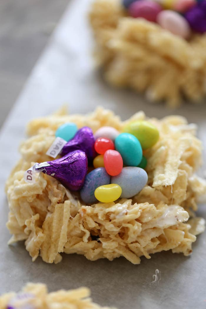 Marshmallow Potato Chip Easter Nests are treats you need in your life! Mix together melted butter, marshmallows and crushed chips to create these weird and wonderful Easter sweets!