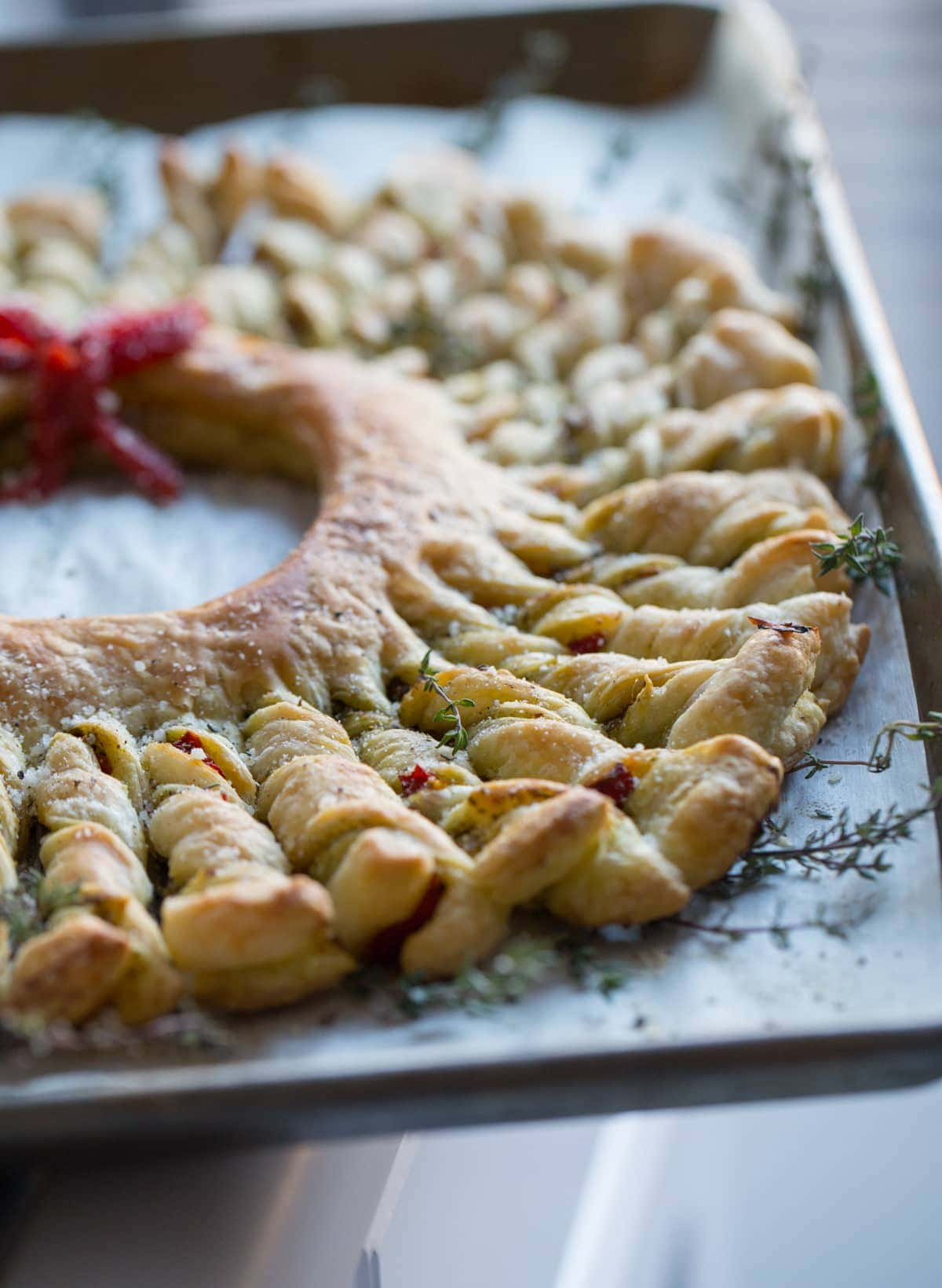 Puff Pastry Pesto Wreath