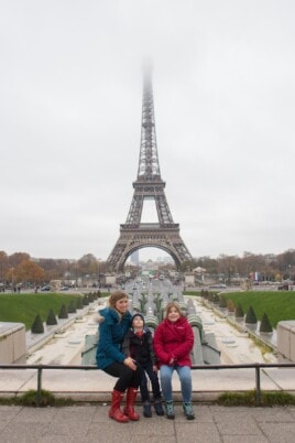 Lauren, Brooke and Blake in front of the Eiffel Tower.