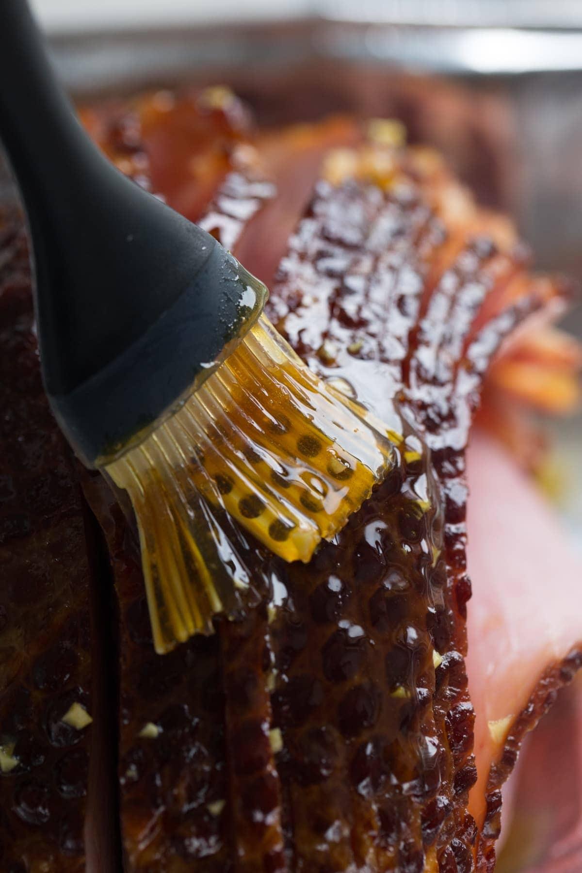 glazing a ham with brown sugar ham glaze