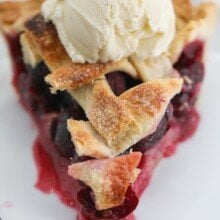 Cherry Pie with vanilla ice cream