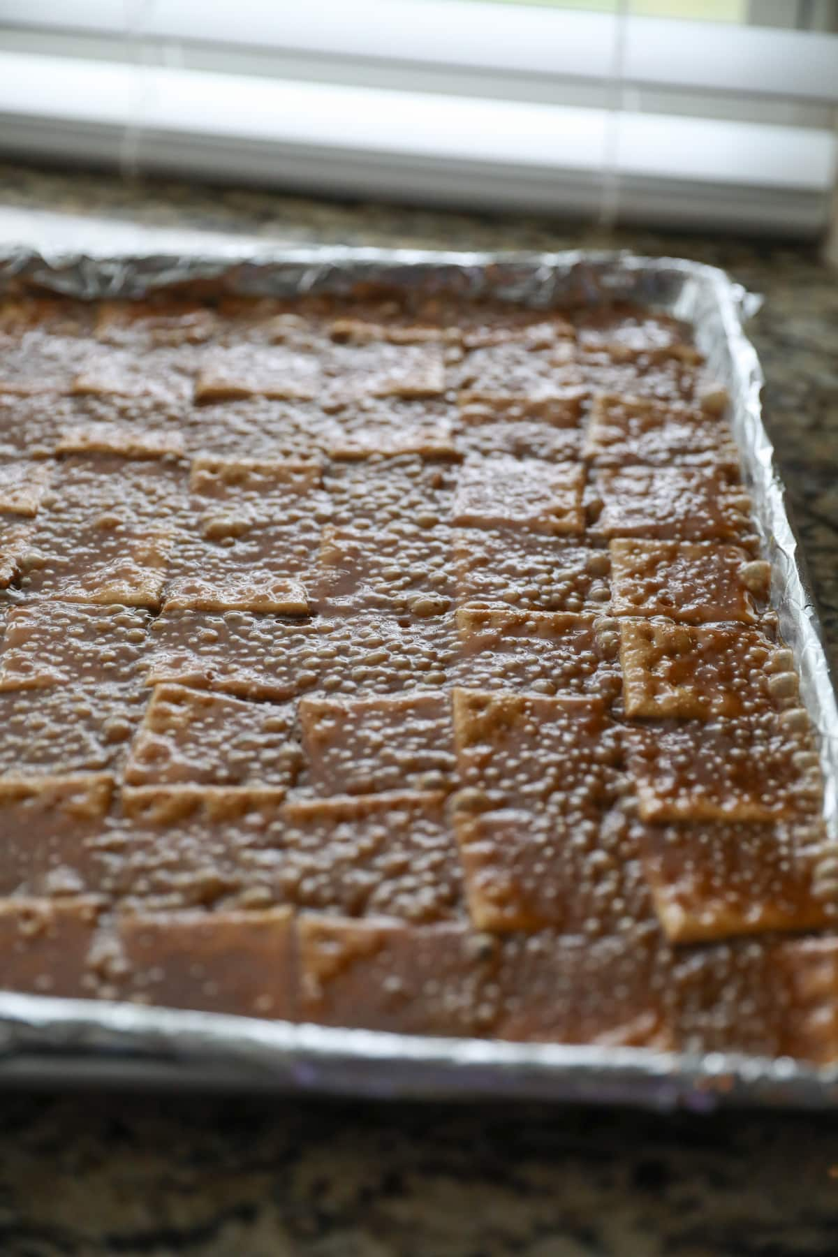 baked saltine toffee