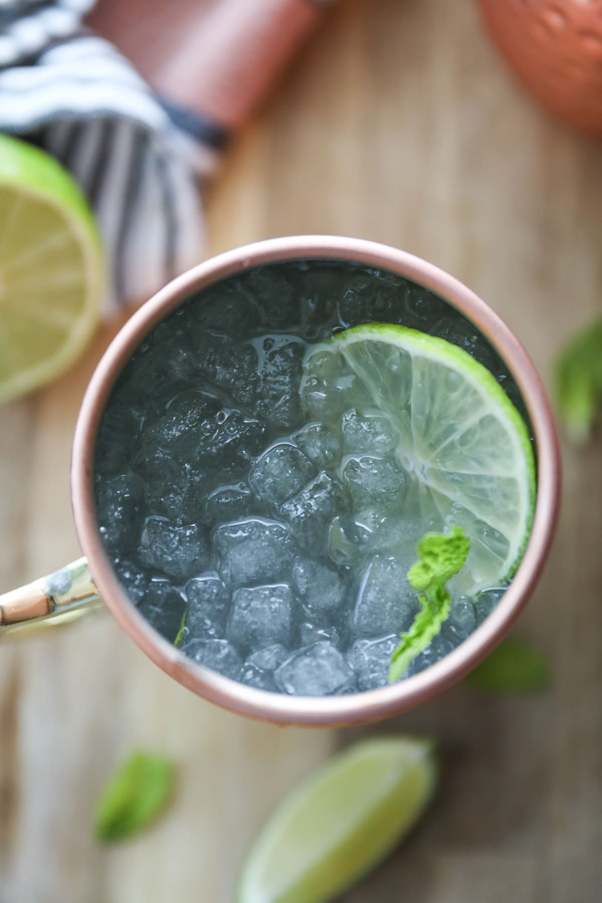 ginger beer mocktail with ice and lime