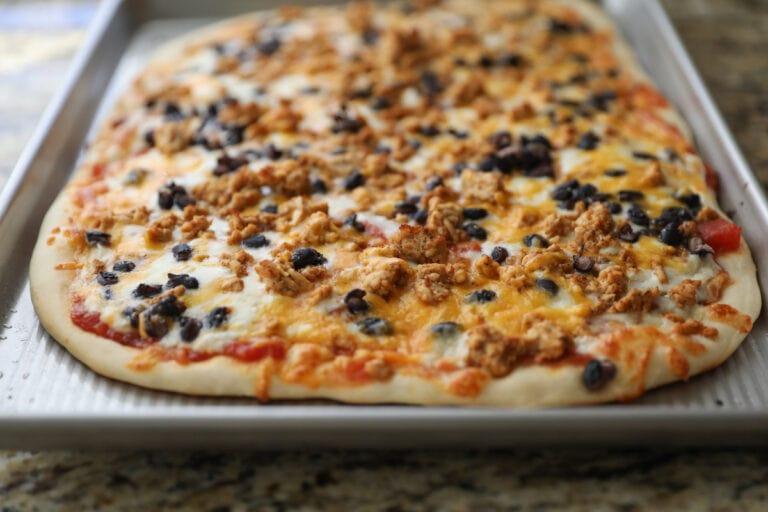baked taco pizza