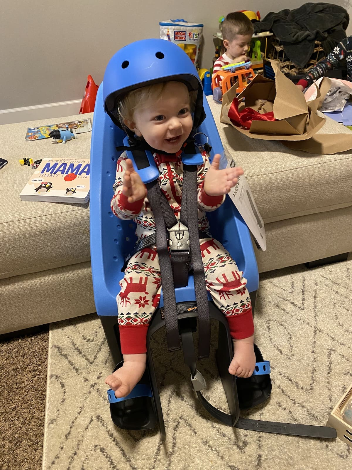 baby in bike seat