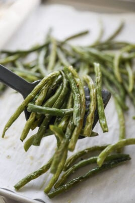 roasted green beans on spatula
