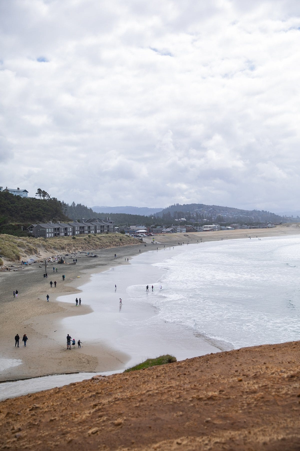 pacific city oregon beach