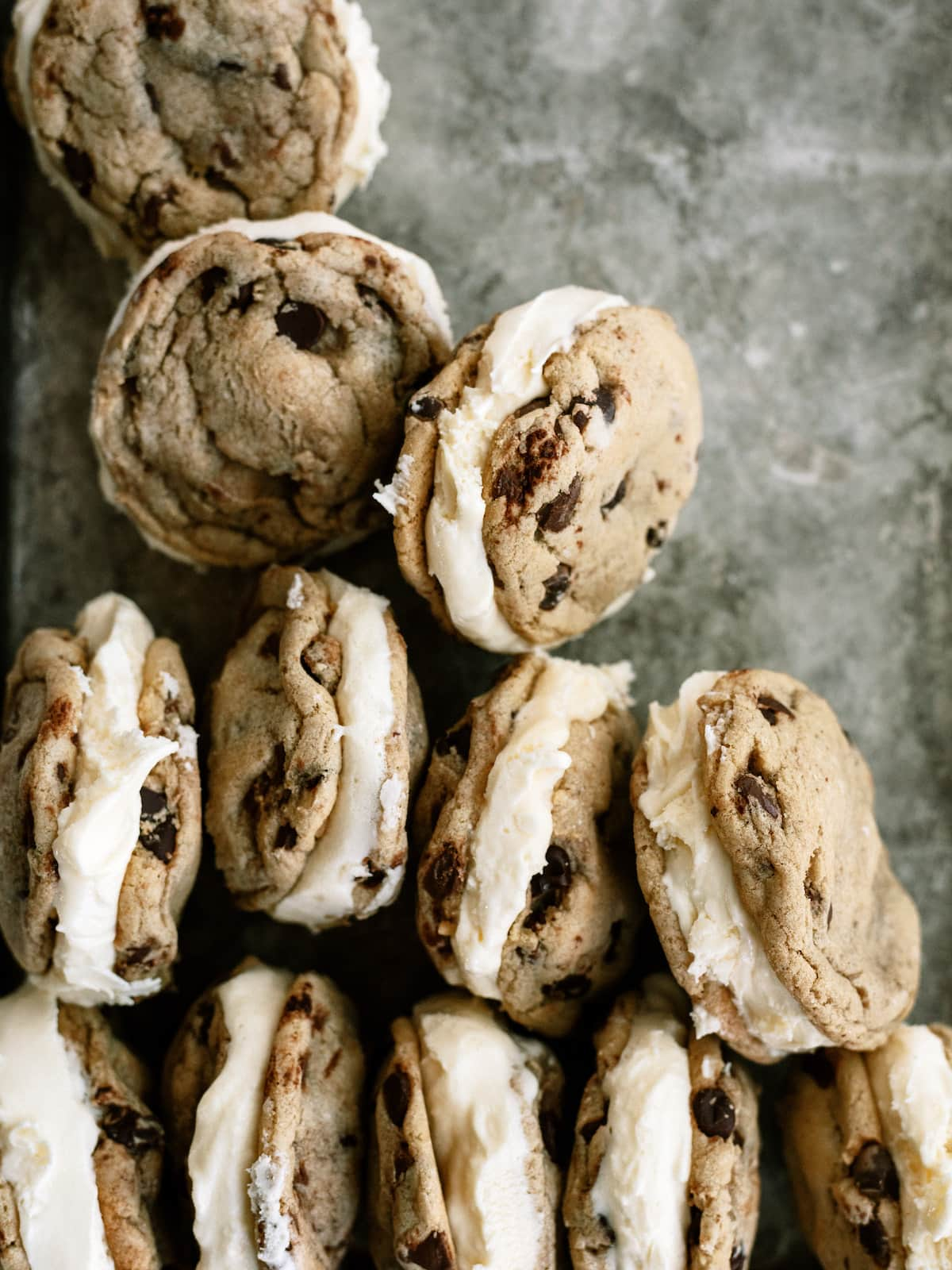 cookie ice cream sanwiches