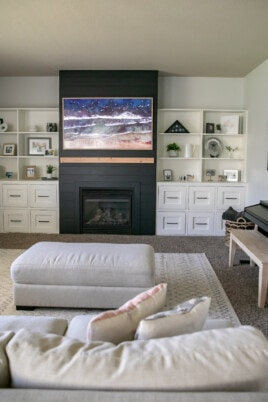 living room fire place with built-ins