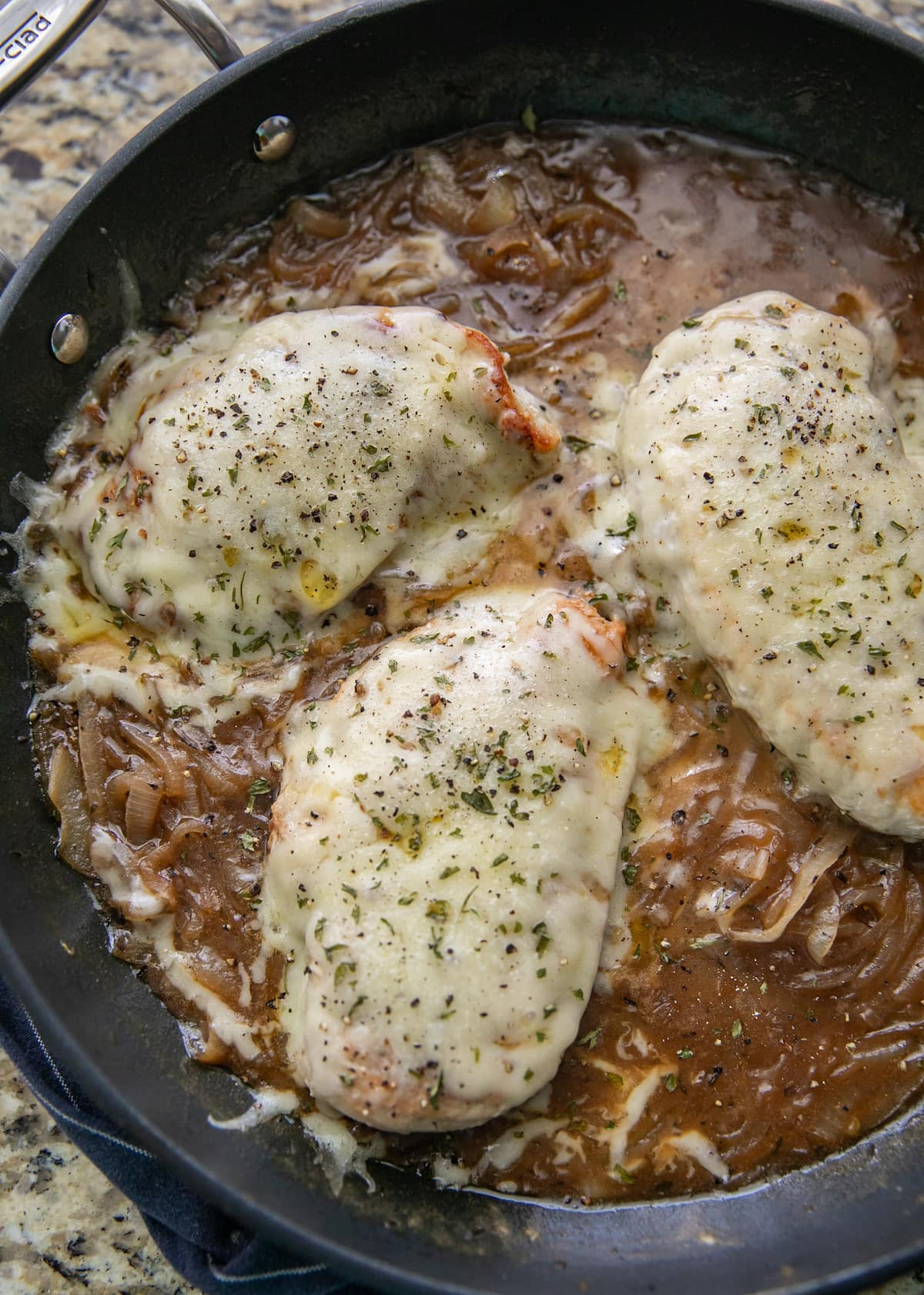 top down view of french onion chicken